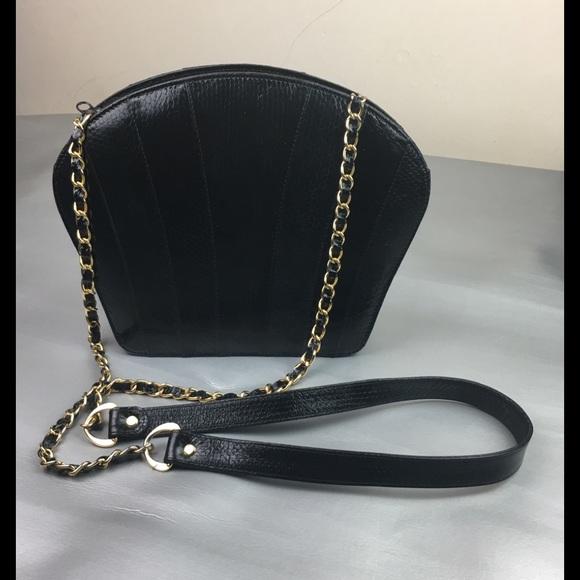 Vintage Handbags - Vintage shell shaped snake skin crossbody bag